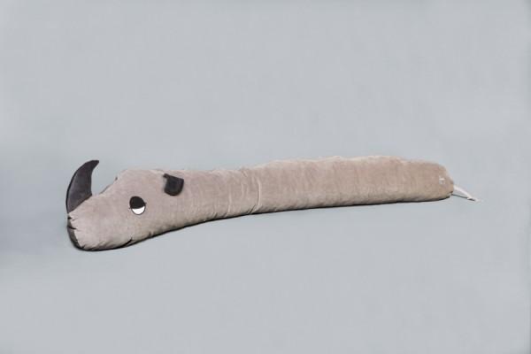 Seitenschläferkissen Nasi Nashorn, platingrau, 160 x 35 cm